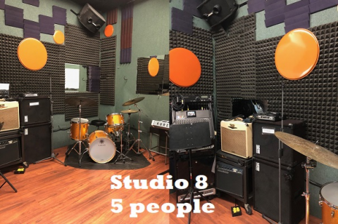 Studio 8 - Non-Alcoholic Campus Facility